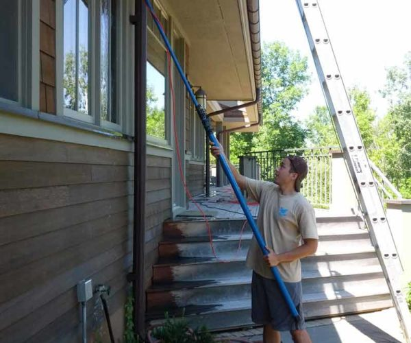 residential-window-cleaning-exterior